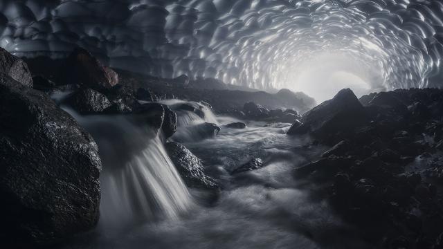 Šliapem, leziem, plavím sa … aby som chytil svetlo. Daniel Kordan.