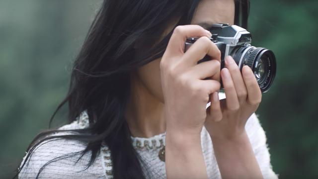 """Retro Nikon je """"in"""""""