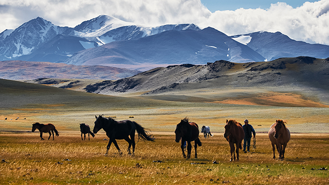 Norbert Sommer: Mongolsko je monumentálny zrakový vnem, je to krajina môjho srdca