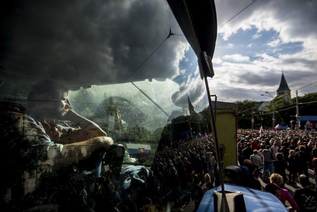 Farmár na proteste Za slušné Slovensko, Foto: Vladimír Šimíček, AFP